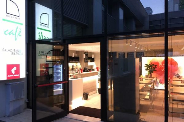 Inaugurato il Bicenter Cafè, lo spazio relax di design