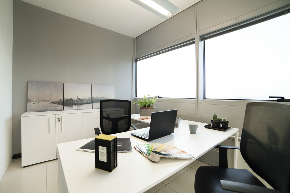 Furnished offices design