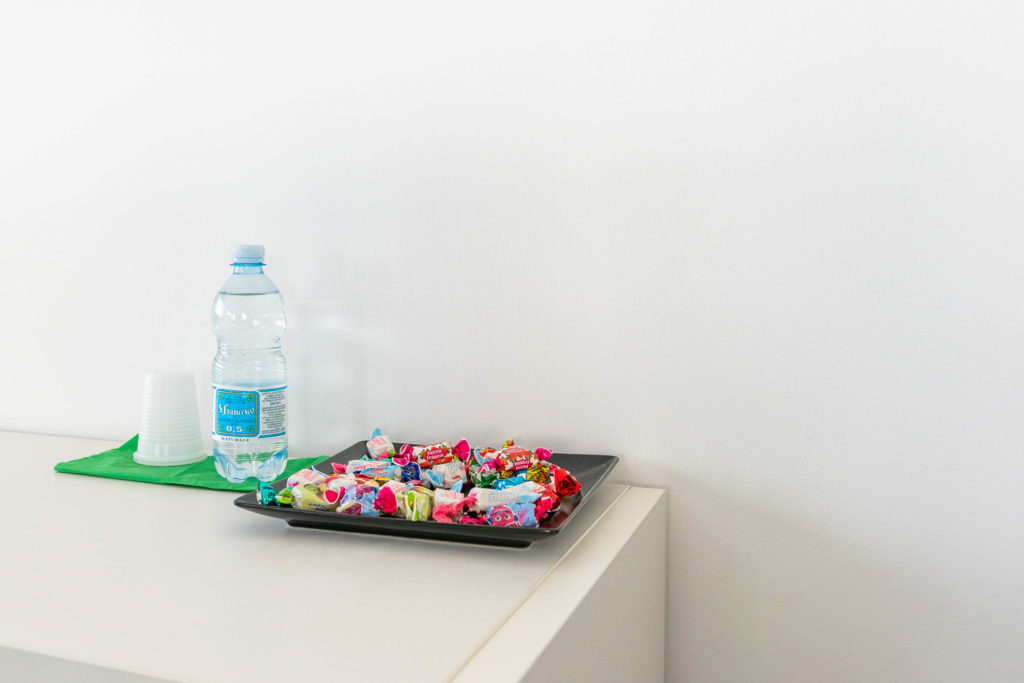 meeting rooms design Padova with candies